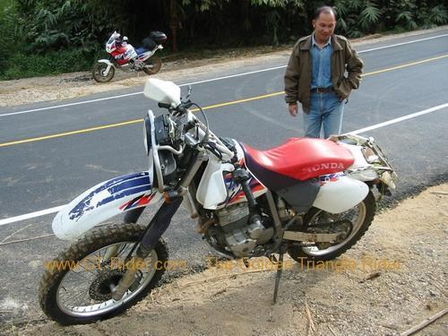japan-bike-crash-doi-mae-salong-006.