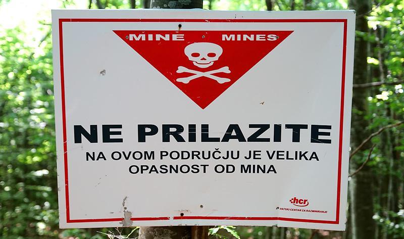 karlobag-panos-armee-mines.