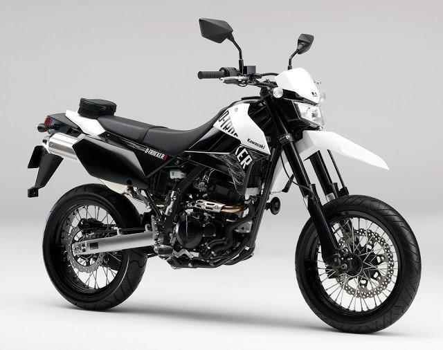 Kawasaki+D-Tracker+X+2013+03.