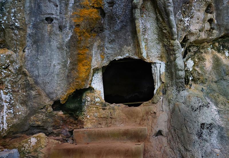 khanom-khao-wang-thong-cave-03dd.jpg