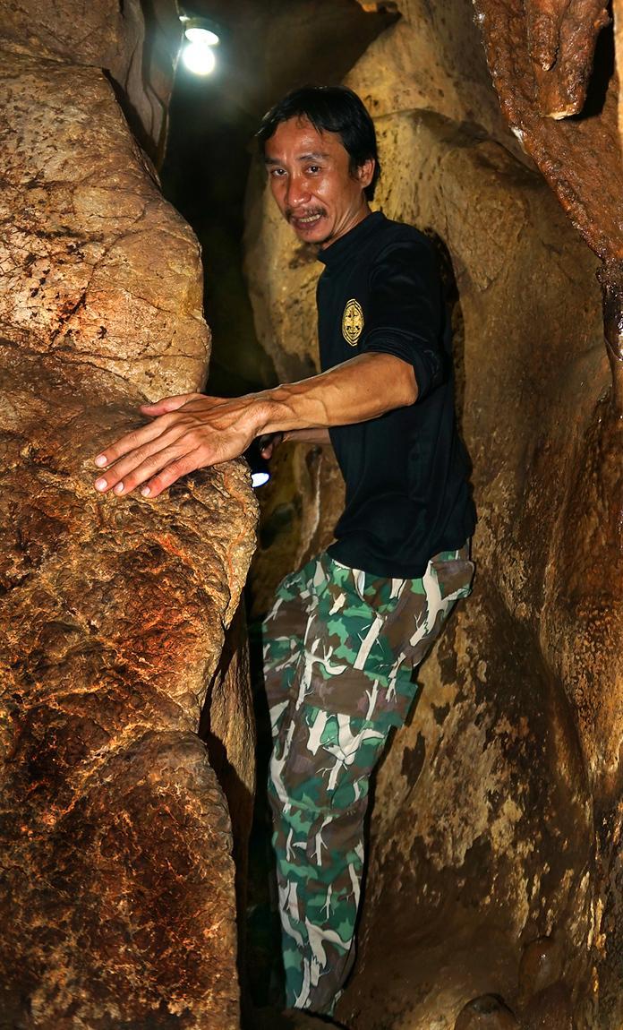 khanom-khao-wang-thong-cave-05dd.