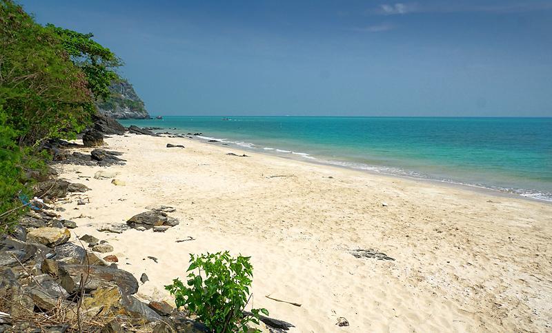 khanom-prathap-cape-hidden-beach-2dd.