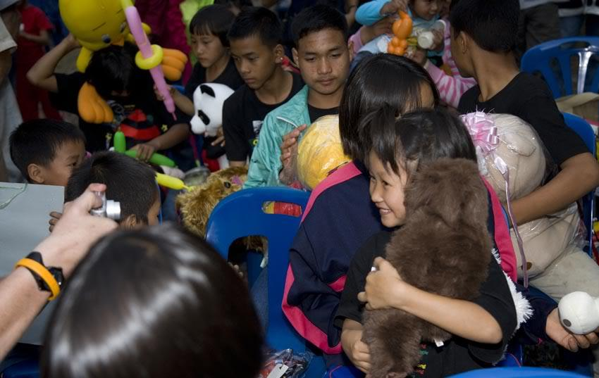 Kids4LR.jpg /More Chiang Mai Toy Ride Pix/Chiang Mai ToyRide/  - Image by: