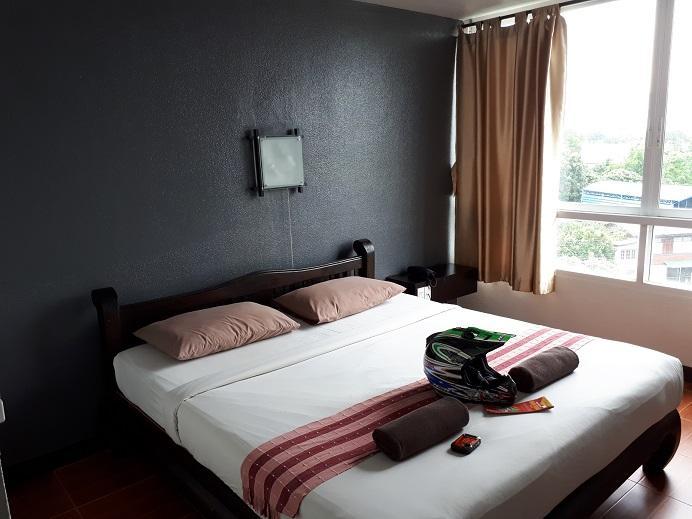 KM Phayao hotel (2).