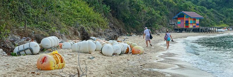 koh-larn-garbage-2-small.