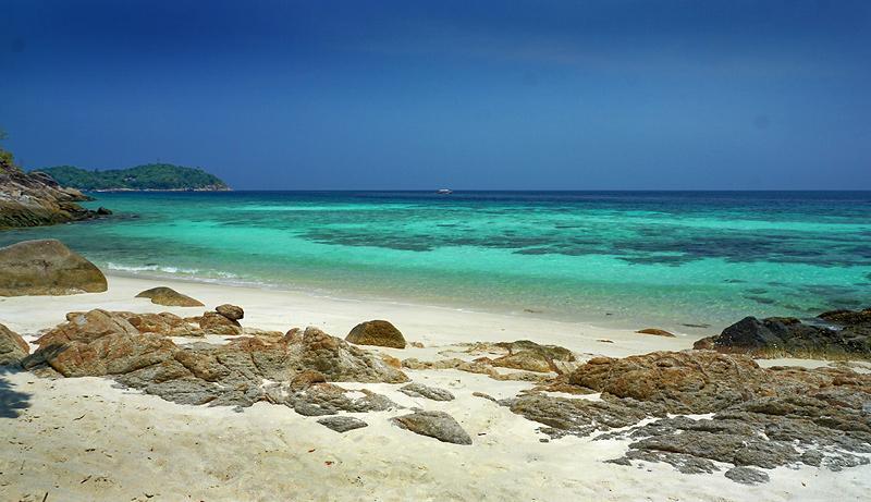 koh-lipe-hidden-beach-1dd.jpg