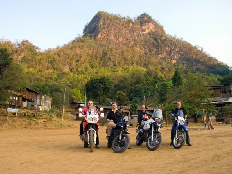 LahuVillage1LR.jpg /Mae Sot Loop  on to Umphang/Touring Northern Thailand - Trip Reports Forum/  - Image by: