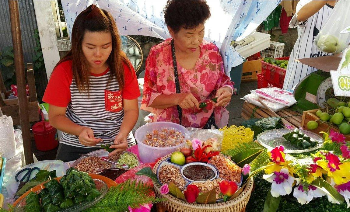 lampang-weekend-market-3.