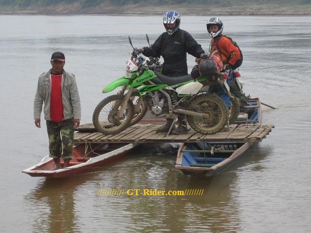 Laos%20motorcycle%201.