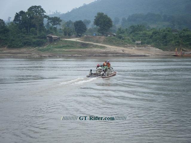 Laos%20motorcycle%202.