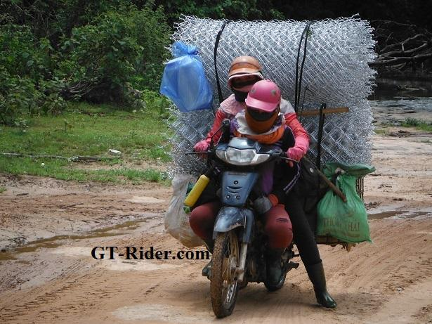 Laos%20motorcycle%20ride%20adventure%202.