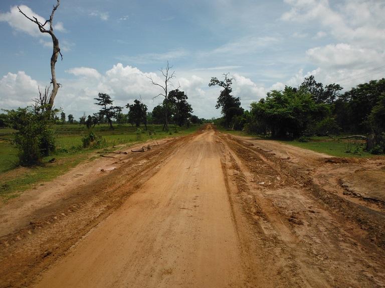 Laos%20Motorcycle%20Savannakhet%206.