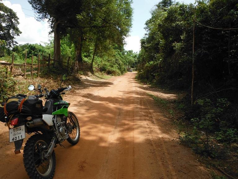 Laos%20Motorcycle%20Savannakhet%207.