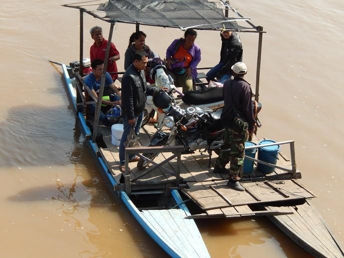 Laos-Asia-Motorcycle42_zps51b54e10.