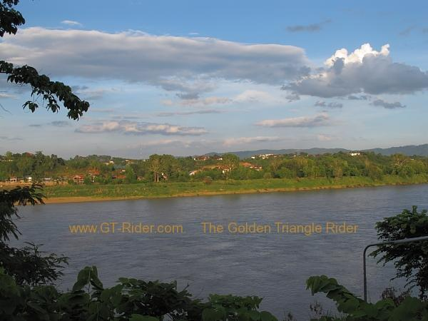 laos-houei-xai-the-mekong-001.