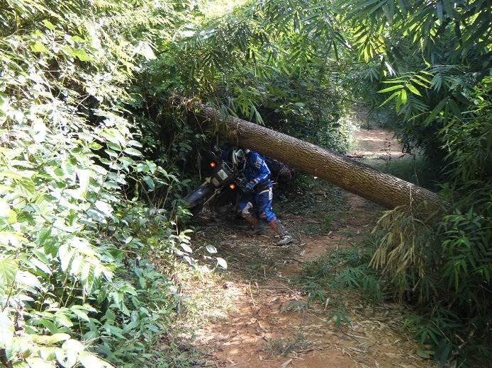 Laos-Motorcycle-Asia27.