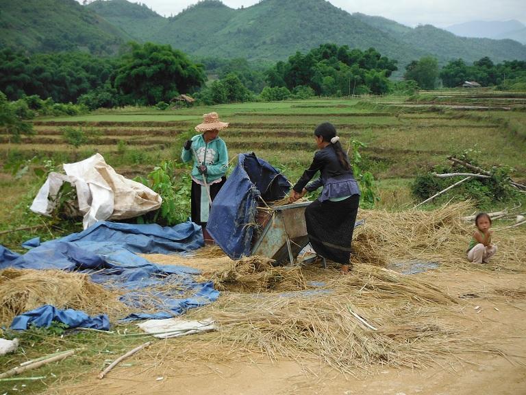 Laos-Xam Neua-Muang et-Motorcycle (54).JPG