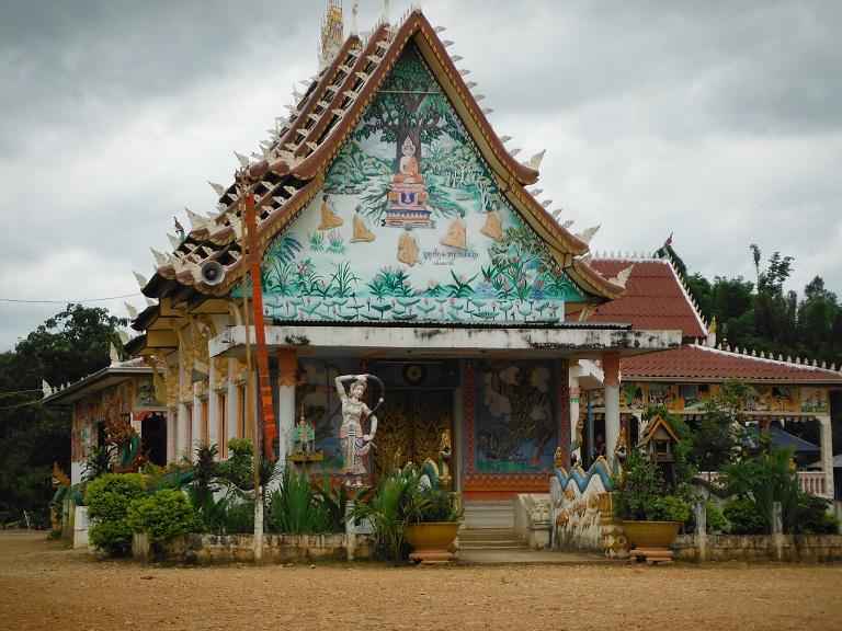 Laos-Xam Neua-Muang et-Motorcycle (66).JPG