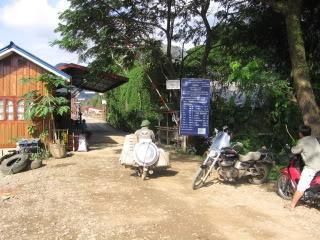 Laos2010Peters115-1.