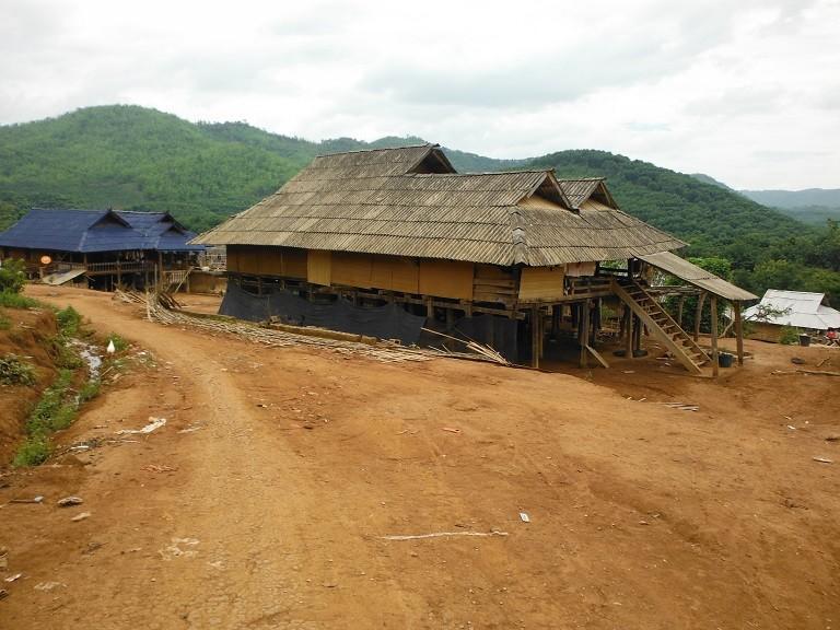 LaosMotorcycleAsia13.