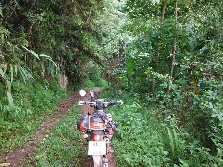 LaosMotorcycleAsia29.