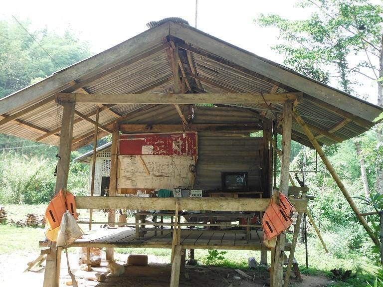 LaosMotorcycleAsia39.
