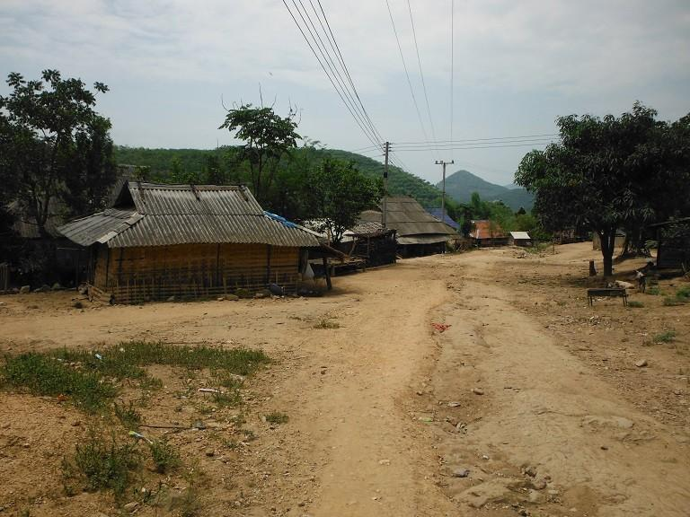 LaosMotorcycleAsia53.