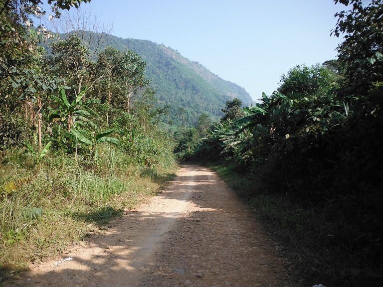LaosmotorcyclePhonsavan13.