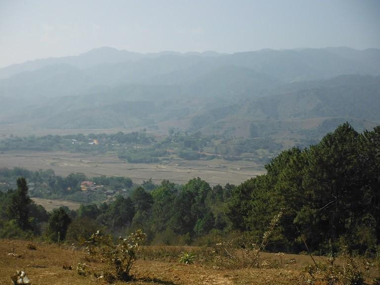 LaosmotorcyclePhonsavan4.