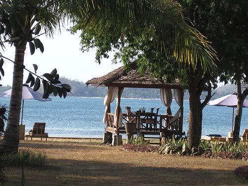 lombok72.