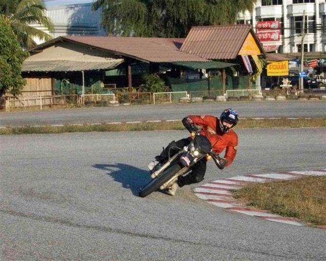 Luke7LRSmall.jpg /Convert dirtbike for onroad use/General Discussion / News / Information/  - Image by: