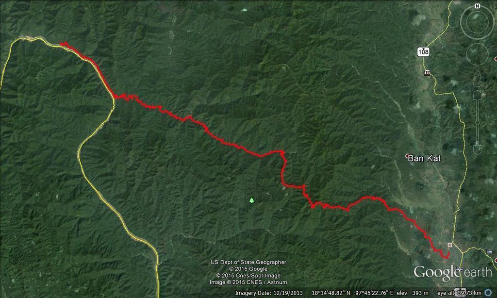 Mae%20Sariang%20to%20Bahn%20Lo%20by%20dirt%20road%20and%20river.