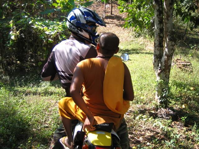 MaeAenPangHaeoride121206005.jpg /Temples and stupidity on bicycle trails....../Touring Northern Thailand - Trip Reports Forum/  - Image by: