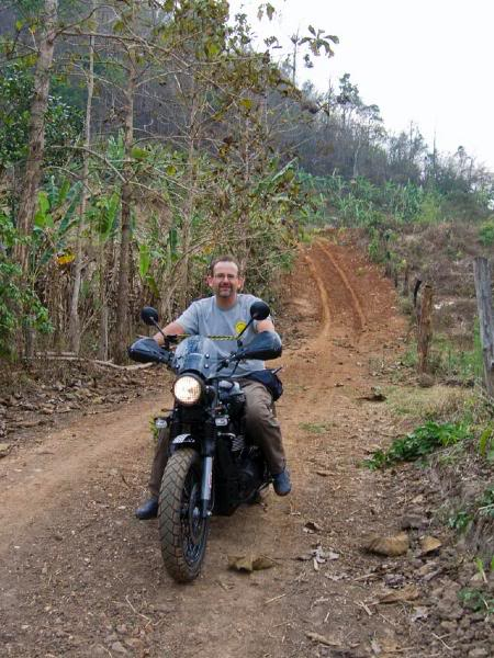 MarcusUmphangRd7LR.jpg /Mae Sot Loop  on to Umphang/Touring Northern Thailand - Trip Reports Forum/  - Image by: