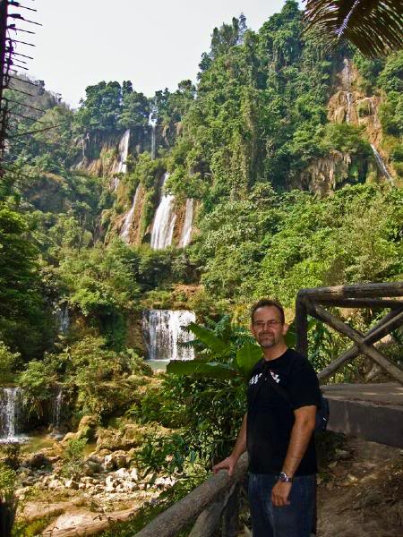 MarcusWaterfall1LR.jpg /Mae Sot Loop  on to Umphang/Touring Northern Thailand - Trip Reports Forum/  - Image by: