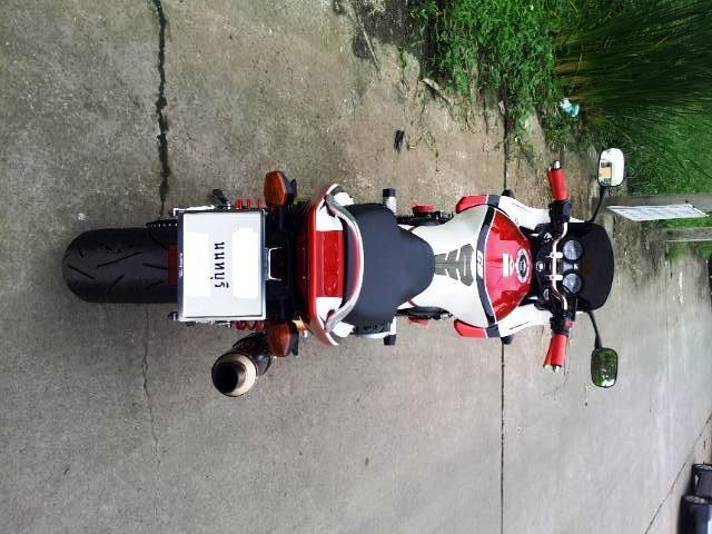 mbwn9.jpg /For sell  honda cb 400 boldor  superfour  hyper vtec 3  with fully registed green bk./Motorcycle Buy & Sell - S.E. Asia/  - Image by: