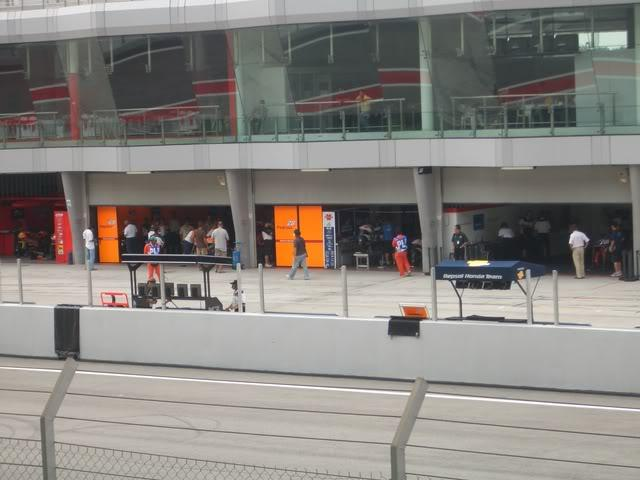MotoGP2006015.jpg in MotoGP Malaysia Oct 19-21 from  tropicaljohno at GT-Rider Motorcycle Forums