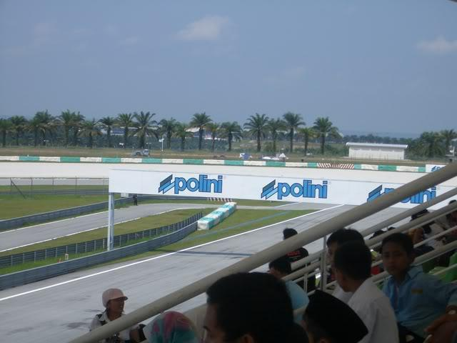 MotoGP2006032.jpg in MotoGP Malaysia Oct 19-21 from  tropicaljohno at GT-Rider Motorcycle Forums