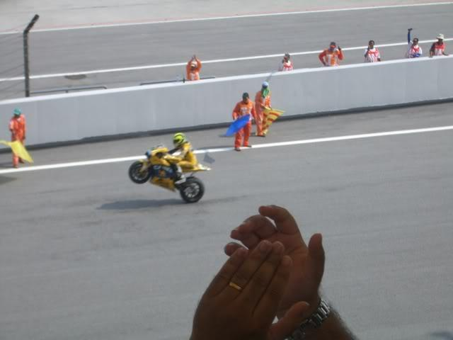 MotoGP2006049.jpg in MotoGP Malaysia Oct 19-21 from  tropicaljohno at GT-Rider Motorcycle Forums