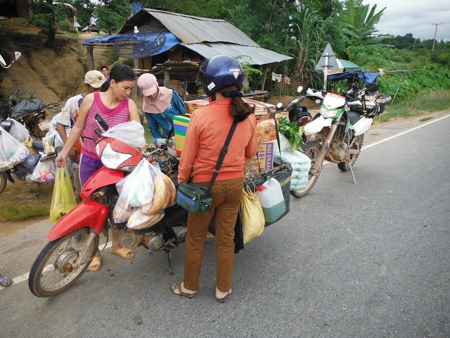 Motorcycle%20Laos%20Vietnam%20%203.
