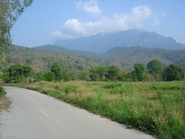 mountain1.jpg /Mae Na - Pakhia - Mae Mae loop/Touring Northern Thailand - Trip Reports Forum/  - Image by:
