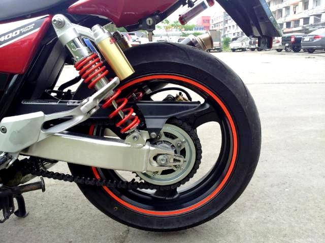 n7s98.jpg /For sell  honda cb 400 boldor  superfour  hyper vtec 3  with fully registed green bk./Motorcycle Buy & Sell - S.E. Asia/  - Image by: