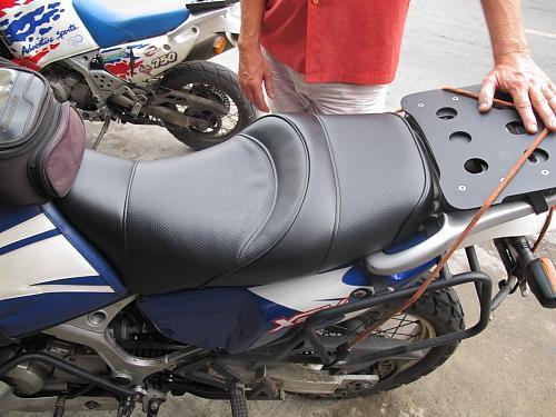 narong-karn-boh-seat-upholsterer-004.