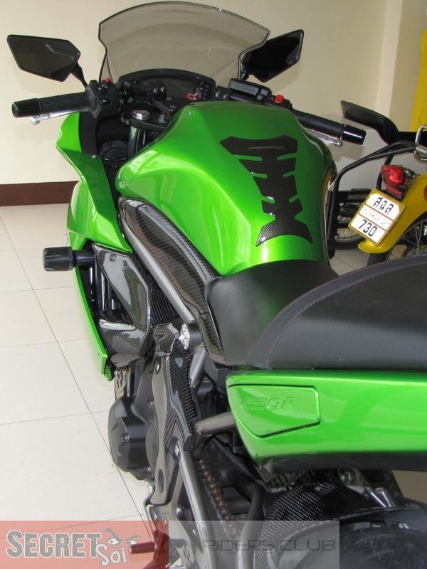 Ninja650CFSideCowlLHSSR.