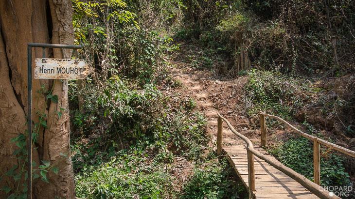 NK7_0714.jpg /Revisiting Henri Mouhot's shrine, near Luang Prabang/Laos Road  Trip Reports/  - Image by: