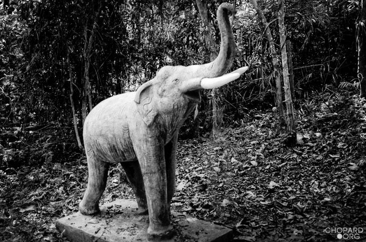 NK7_0753-Modifier.jpg /Revisiting Henri Mouhot's shrine, near Luang Prabang/Laos Road  Trip Reports/  - Image by: