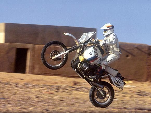 P0020964.jpg /article in german mag: 25 years BMW GS/BMW Bikes In Thailand/  - Image by:
