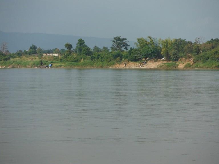 Pakxanlaos2.jpg /The new Pakxan – Bueng Kan bridge/Laos - General Discussion Forum/  - Image by: