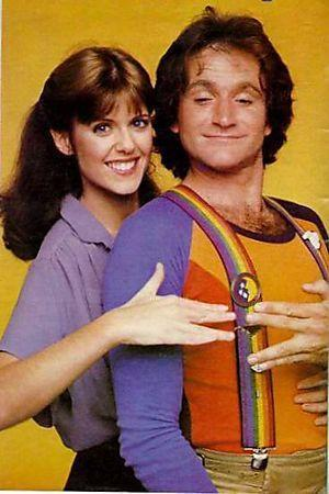 Pam-Dawber-and-robin-williams-in-mork-and-mindy5.