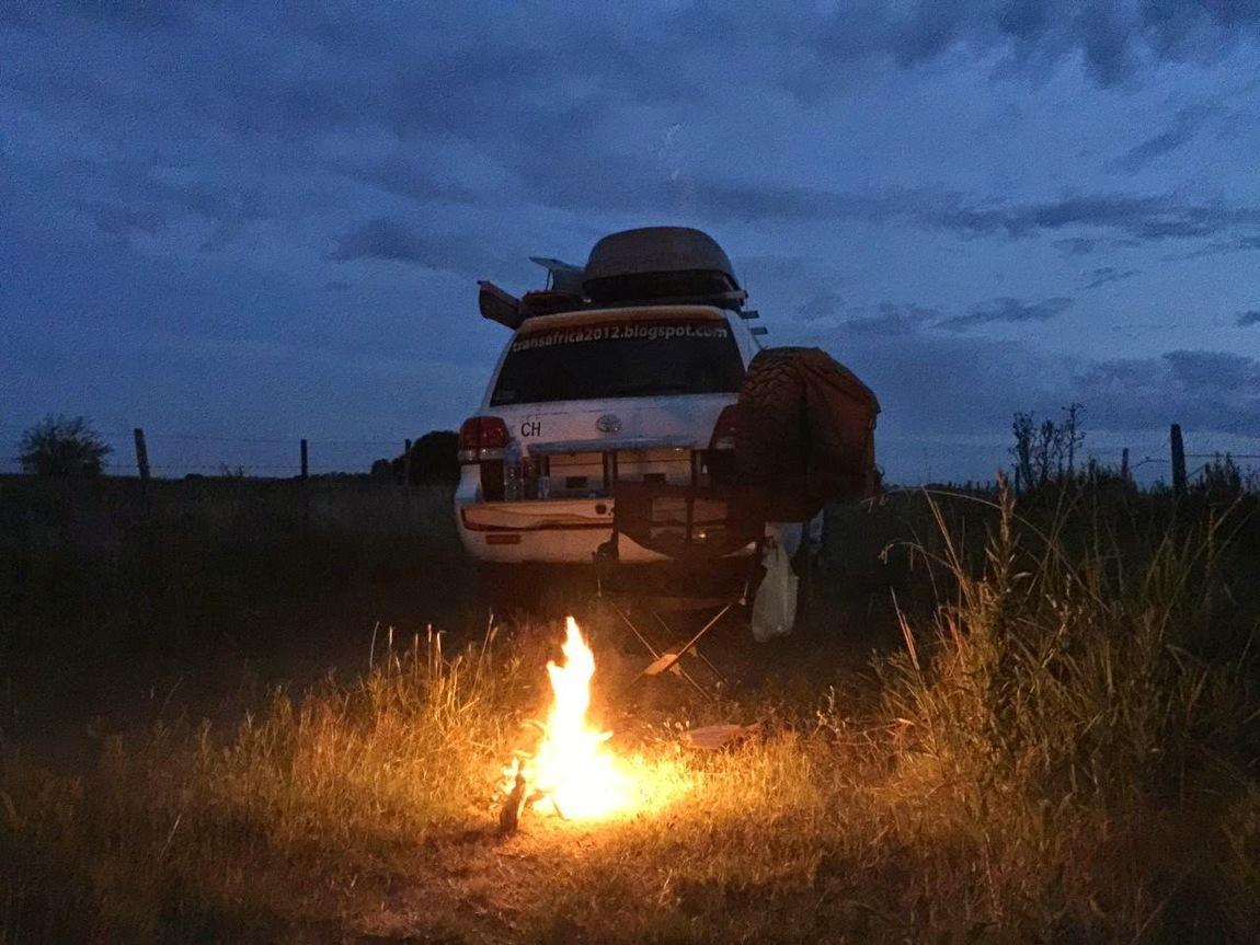 panamericana-panamerika-wildcamping-lagerfeuer.